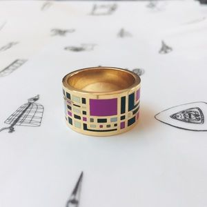 Enameled Scarf Ring in Gold Tone